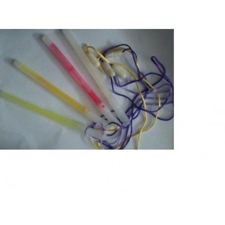 Svítící tyčka 15cm se šňůrkou