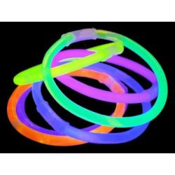 Svítící náramky na ruku. mix barev